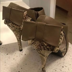 New Dollhouse Leather & Snake Print Boots. Size 9!